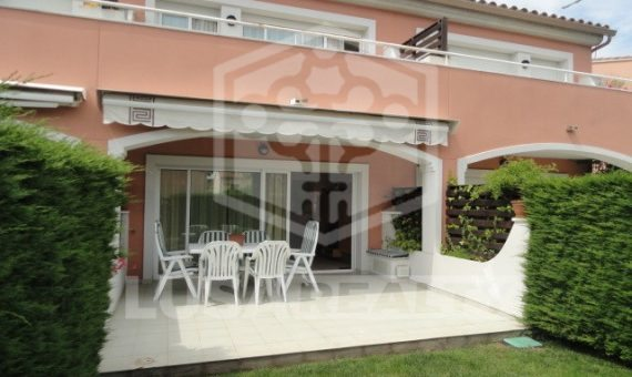 Terraced house of 214 m2 situated in S`Agaro | 1932-6-570x340-jpg