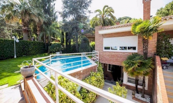 Villa close to the beach in Cabrils   14-lusa-villa-cabrils-15-420x280-jpg