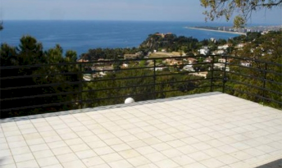 Detached house with panoramic sea views | 4745-2-570x340-jpg