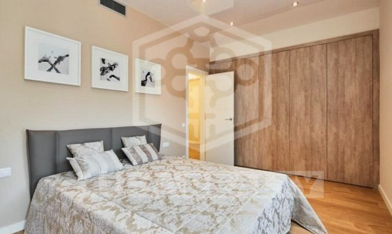 Designed flat close to the center in Eixample | 5005-0-570x340-jpg