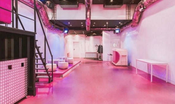 Commercial space of 300 m2 with license for a bar, a private club in the city centre, next to Las Ramblas | 5767-2-570x340-jpg