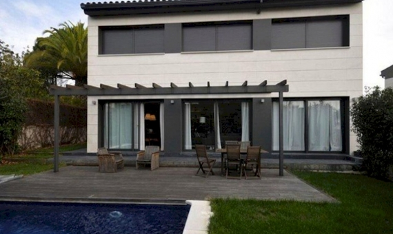 Modern house of 400 m2 in Sant Vicenc de Montalt | 5868-2-570x340-jpg