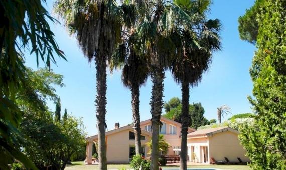 Villa close to the sea in Sant Andreu de Llavaneres, Costa Barcelona   6027-2-570x340-jpg