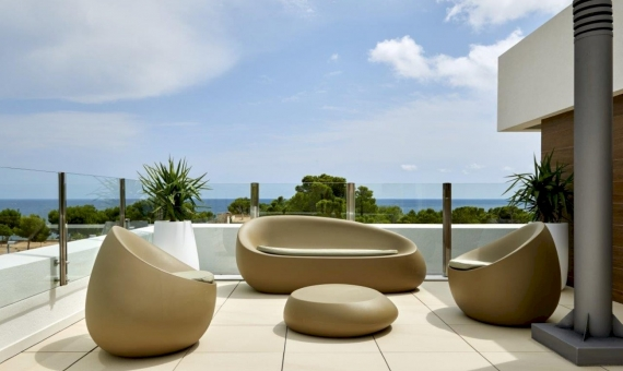 Luxury new villa with pool and views close to the sea in Costa Dorada | 6071-9-570x340-jpg