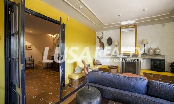 Magnificent villa with tennis court and sea views located in the prestigious urbanization Rocaferrera in Sant Andreu de Llavaneres   6244-3-570x340-jpg