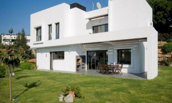 Beautiful newly built house in Sant Vicenc de Montalt | 6797-3-570x340-jpg