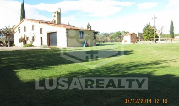 Homestead with the big piece of land in Costa Brava   7085-8-570x340-jpg