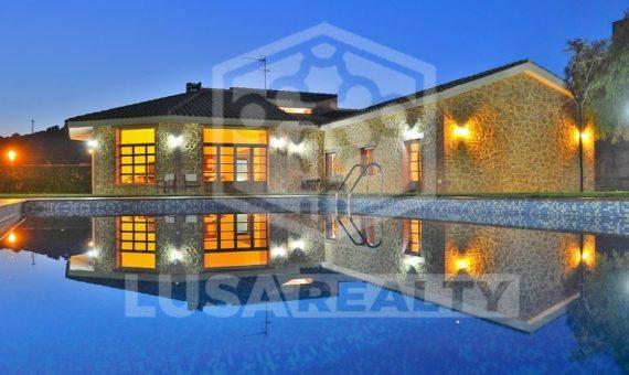 Magnificent family house 600 m2 in Sant Andreu de Llavaneres   7541-6-570x340-jpg