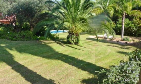 Big house with great garden   8324-2-570x340-jpg