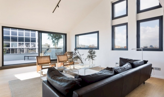 Newly renovated penthouse flat 221 m2 with a terrace in Eixample | 22-1-570x340-jpg