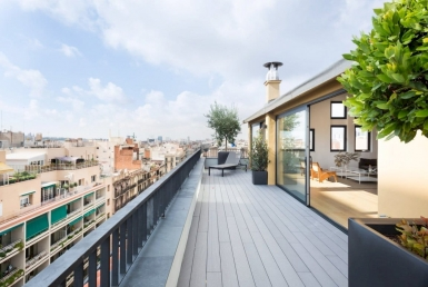 Newly renovated penthouse flat 221 m2 with a terrace in Eixample - 22