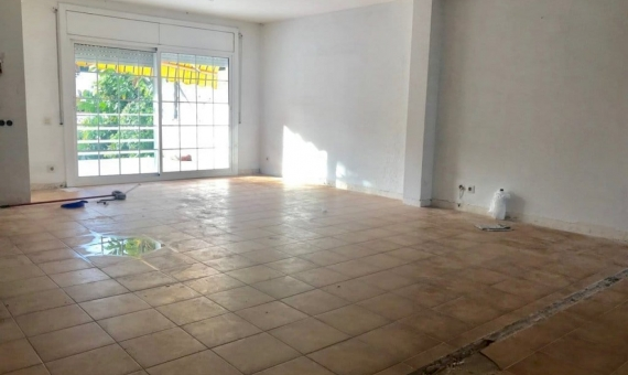 Townhouse 217 m2 with a reform project and licence in Castelldefels | screen-shot-2018-11-13-at-15-15-55-570x340-png