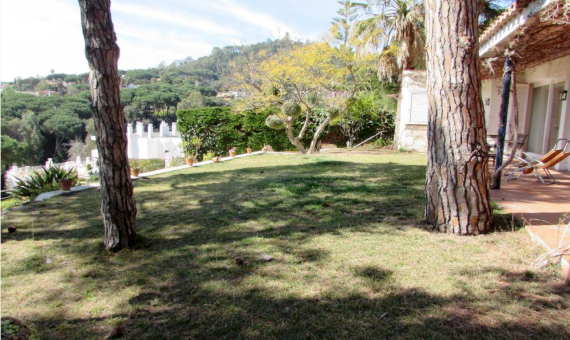 House 110 m2 close to the sea in Blanes | 8-1-570x340-png