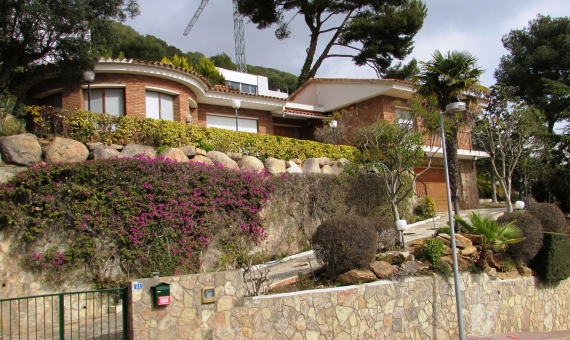 House with 2 plots of 810 m2 each one in Blanes | img_5095-570x340-jpg