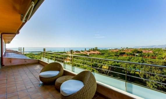 Sunny penthouse on sale in Gava Mar | image-3-570x340-jpg