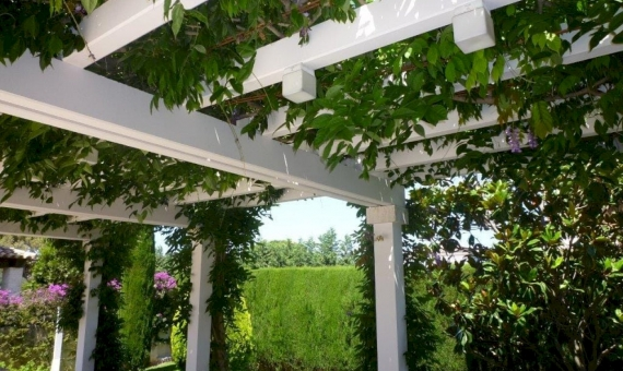 Beautiful villa for summer rent with private pool en La Gavina, S'Agaro | 002-facade-570x340-jpg